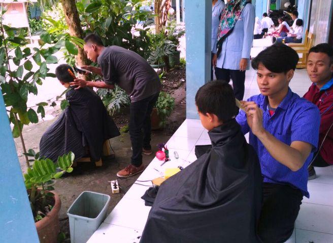 Kursus Potong Rambut Kursus Barbershop Murah